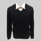 37. BLACK SOLID V-NECK SWEATER Thumbnail